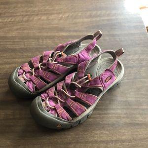 Keen Newport water sandal 9